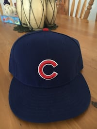 Chicago Cubs New Era Fitted Baseball Cap. Size 7 1/2. NWOT. Bought for my husband. Wrong size.  Cochrane, T4C 1K6
