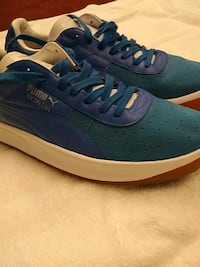 pair of blue puma 50 km