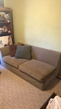 Tan couch  Cleveland, 37312