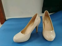 Work heels cream/beige size 8