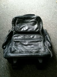 Leather backpack with wheels Hamilton, L8V 2J3