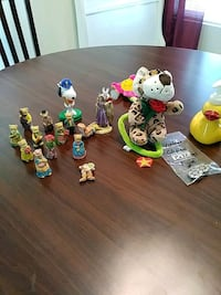 Collection of Small Vintage Toys. Palmdale, 93550