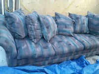 Sofa can deliver for 10$