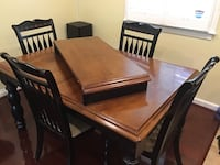 Beautiful Kitchen Table and four chairs Capitol Heights, 20743