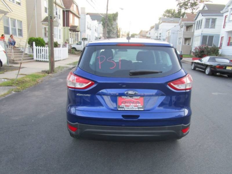 2015 Ford Escape S 3