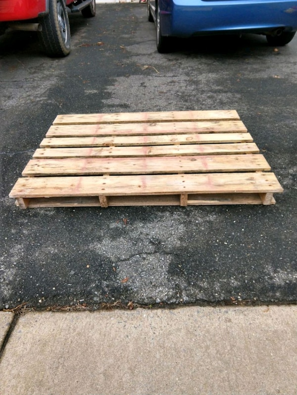 Free Pallet Good Condition