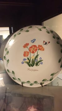 white,orange and green floral Red Poppies ceramic plate Dover, 19901