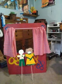 Give a Puppet show Stockton