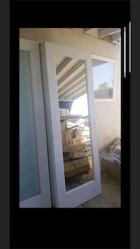 INTERIOR DOOR 28x80 w/mirro front and back Fontana, 92336