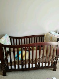 Nice crib for baby or small toddlers  Gardena, 90247