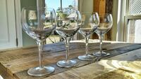 4 clear wine glasses Wilmington, 28412