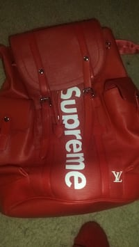 Supreme x Luis Vuitton Christopher backpack 58 km