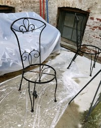 4 wrought iron chairs w/ matching legs Brooklyn, 11233