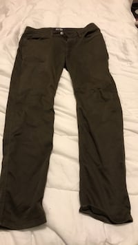 black and gray sweat pants Vancouver, V5R 3Y7