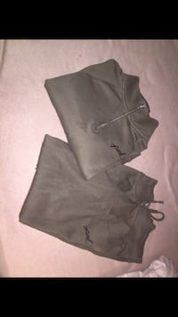 gray and black Under Armour shorts Toronto, M6K 1S7