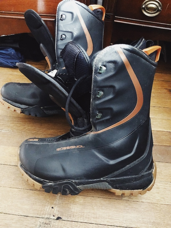 Rossignol Snowboard boots size 11