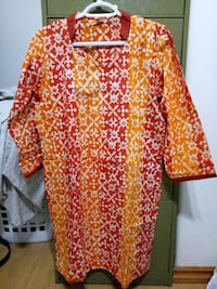 red and white floral long-sleeved dress Regina, S4T 3L4