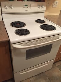 white and black electric coil range oven Brossard, J4X 3A3