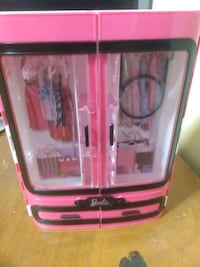 Barbie closet Sherwood, 97140