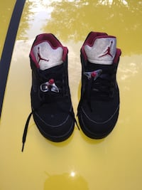 pair of black Air Jordan basketball shoes Winchester, 22602