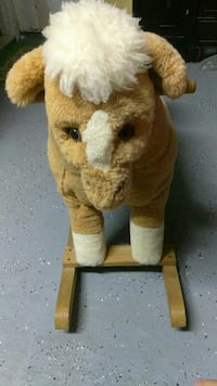 Wood horse ???? can used baby, infant and toddler