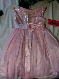 dress for 5 years old  Kansas City, 66102