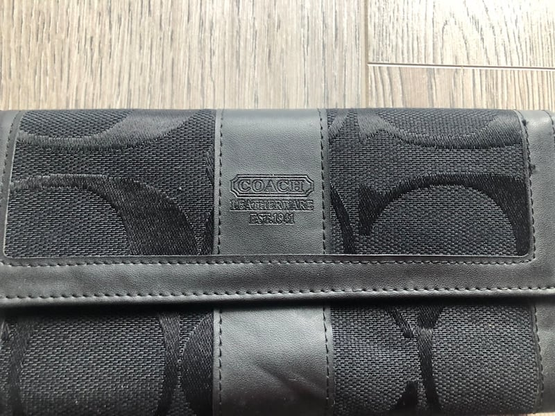BRAND NEW COACH Wallet 6c70bbbf-f67c-4634-acee-a104918bef71