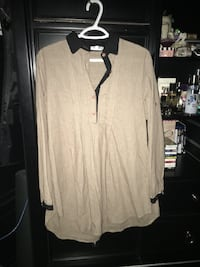Ladies tunic size large  Calgary, T2A 7R1