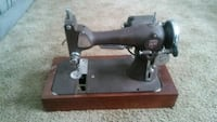 Mongomery ward model e sewing machine Warren