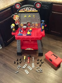 Mickey Mouse play workbench