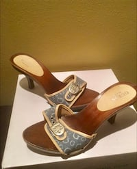 pair of brown leather open-toe wedge sandals Hollywood, 33021