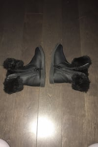 Brand new Winter boots 6-8months baby