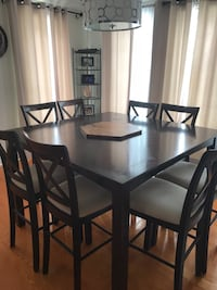 table with four chairs dining set- negotiable Bois-des-Filion, J6Z 4H9