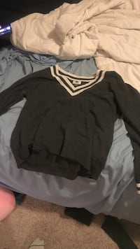 Old navy sweater large