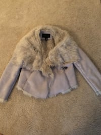 gray and white fur coat Stafford, 22554