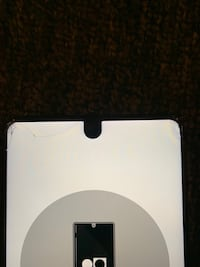 Essential unlocked phone (cracked)fully functional  District Heights, 20747