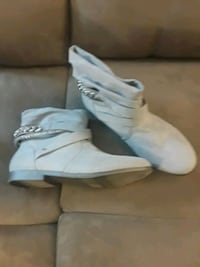 Size 10 Juicy Couture shoes  Middletown, 10941