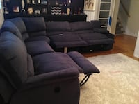 LayZBoy reclining sectional sofa Mississauga, L5H 2L8