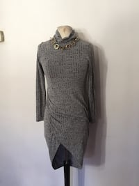 Long sleeve dress size small  Ontario, 91762