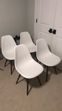 Eames style dining chairs Arlington, 22207