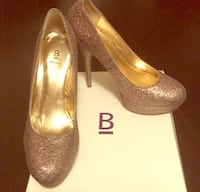 Heels. Multi colored glitter. Purple undertone. Size 8. From Bakers. 1176 mi