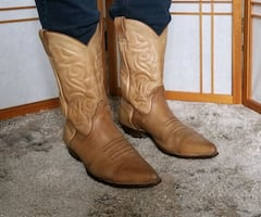 Sancho men cowboy boot made in Spain size 10,