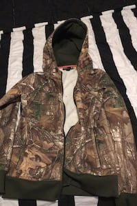 Under armour realtree sweater