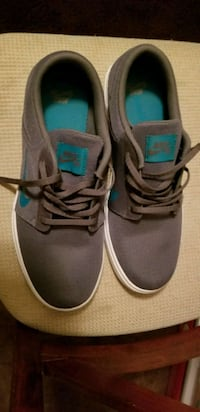 Nike shoes size 10.5 new never worn Bakersfield, 93308