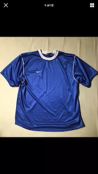 Nike Authentic Swoosh Symbol Royal Blue T-Shirt Size LARGE London, N6G 2Y8