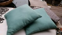 2 Outdoor sunbrella pillows  Barrie, L4M 5S6