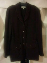 ST JOHN WOMEN COAT BUTTON UP NEW Alexandria, 22315