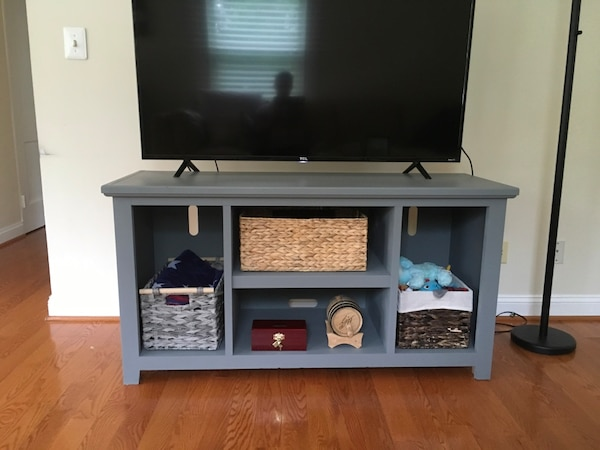 TV Stand or decorative table 0