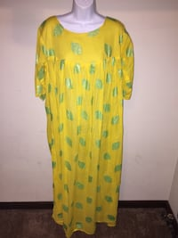 Brand new tunic & head scarf fits all  Fayetteville, 28303