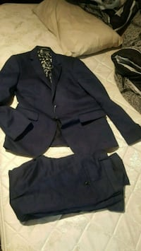 navy blue suit (full suit) Brampton, L7A 3X2